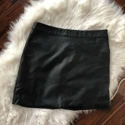 5ad9a84572f Topshop Faux Leather Mini - Size US(6) & UK (10)
